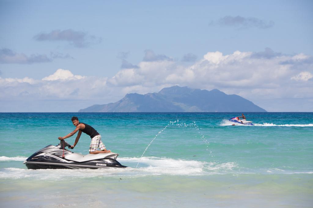 watersports in Seychelles