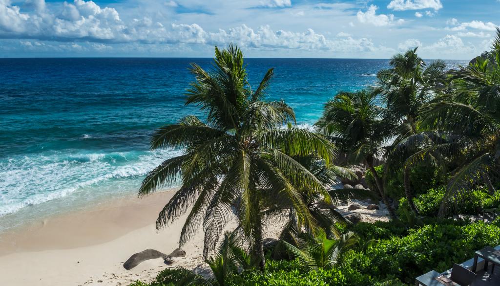 Seychelles beach rest