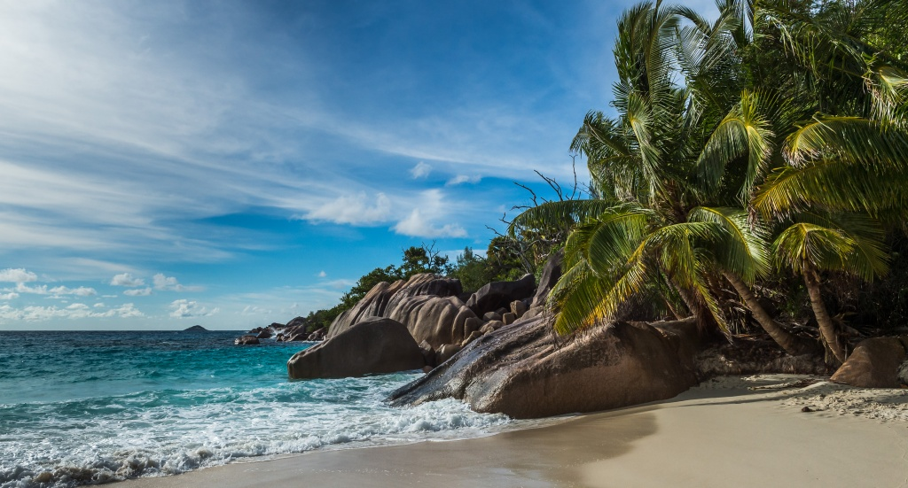seychelles weather.jpg